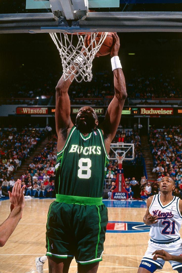 How Milwaukee\u0027s Forgotten Iconic Basketball 2002 Trailblazer Radio ...