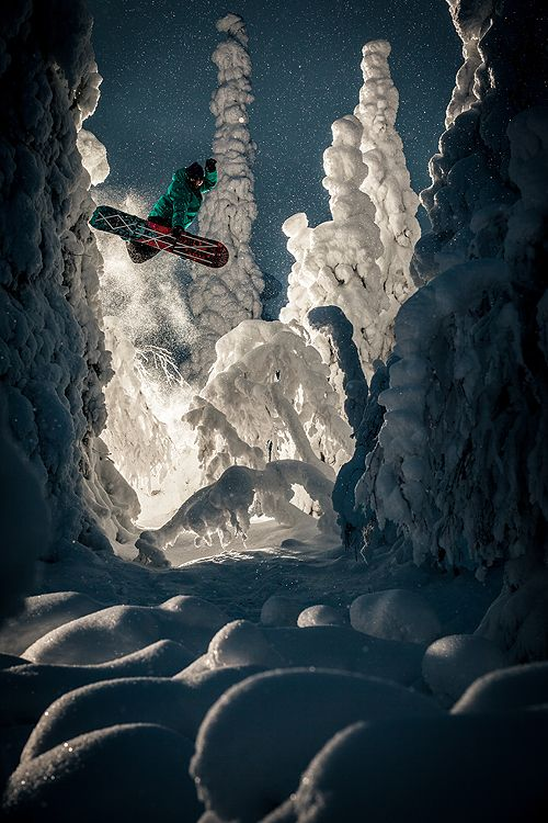 Rider: Knut Eliassen / Trick: Method / Loc: Ruka, Finland / Photo: Lorenz Holder http://www.snowboarder.com/featured/lens-crafters-lorenz-holder/#smtSiSuPDDszuEu4.97 #snowboard #photography