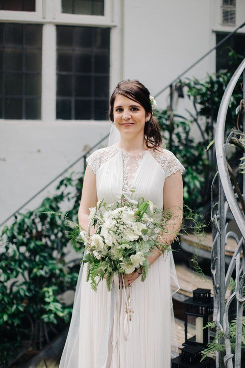 Styling by Jessica | Wedding flowers Cambridge London Essex | Countryside wedding, loose natural wild wedding flowers neutral green white dahlia foliages silk ribbon bridal bouquet