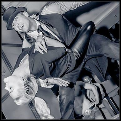 Striperi Alba Iulia | Trupa de Striperi Alba Iulia | Striptease Masculin Alba Iulia Trupa de striperi profesionisti Funky Boys va ofera show-uri spectaculoase de striptease masculin pentru evenimente si petreceri in Alba Iulia . Striperii nostri sunt disponibili pentru rezervare in Alba Iulia si in imprejurimi. www.striperi.ro | 0767-773-473.