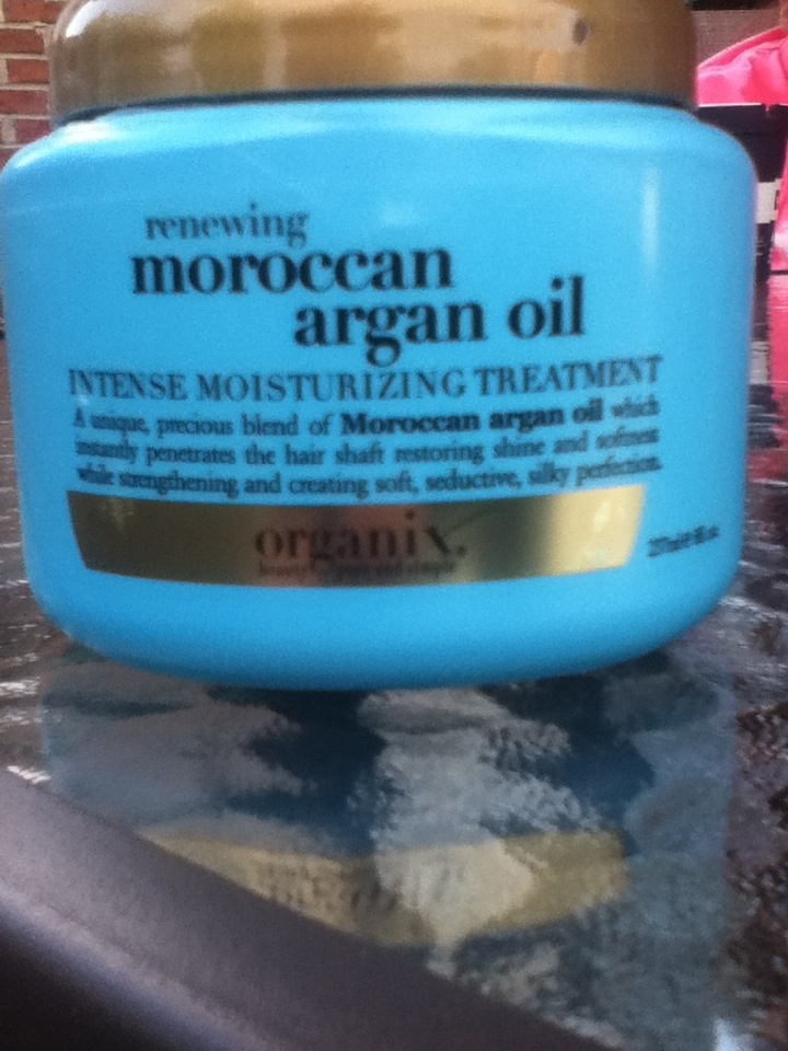 One of the most maxing hair care treatments for dry