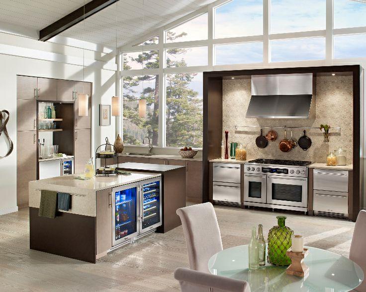 Under Counter Appliances Kitchen Part - 26: Lake Tahoe Kitchen With True Residential Beverage Centers, Undercounter  Refrigerators, Refrigerator Drawers, Kegerators, Wine Cabinets
