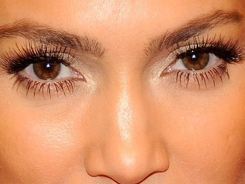 This Treatment Gives You Mega Lashes Without Extensions