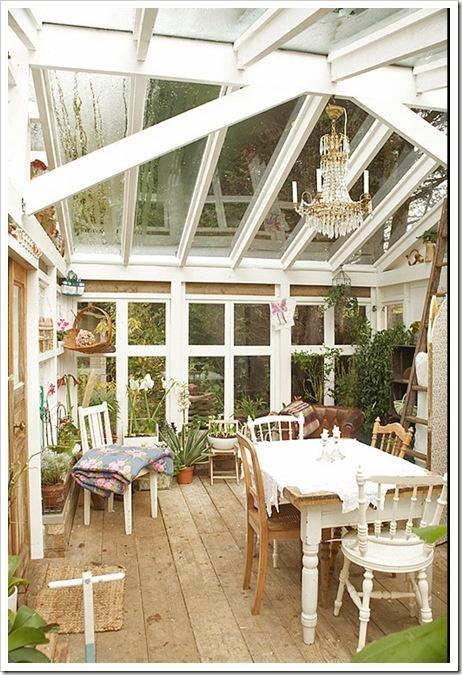 Oltre 25 fantastiche idee su verande chiuse su pinterest for Piani di casa con portici schermati e sunrooms