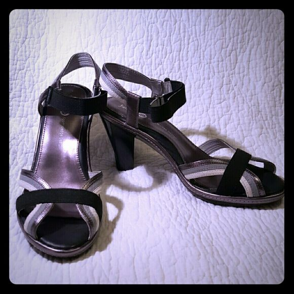 """Jambu Magnolia Ankle Strap Heels So cute yet still very comfortable!  Gray, cream and black leather sandal with accent black fabric band going across the top of the foot and stretchy band at ankle with velcro closure.   3"""" heel.  Never worn, still in original box. Jambu Shoes Sandals"""