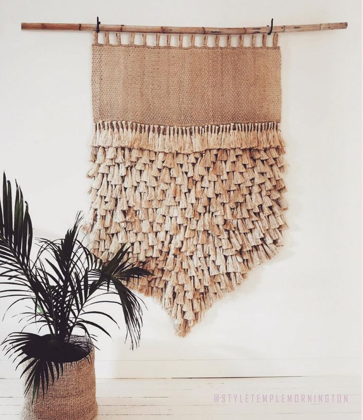 A natural colour palette and textured wall hanging giving off relaxed summer vibes... we are ready for the sun!! Currently available in store at #styletemple. Ph: 03 5975 7432.  #jutewallhanging #decor #style #interiordesign #interior #wallhanging #jumbojute #interiordecoration #decoration #deco #interior123 #styling #interiorstyling #styletemplemornington #styletemple #morningtonpeninsula #design #decoration