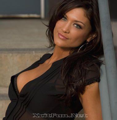 Eva Torres Nude Photos 3