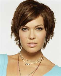mandy moore hair. I want to cut my hair more like this: Hair Ideas, Mandy Moore, Hairstyles, Hair Styles, Hair Cut, For Women, Shorts, Haircut