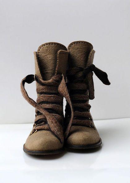 Обувь ручной работы. Ботинки. Диана Нагорная. Интернет-магазин Ярмарка Мастеров. Валяная обувь, авторская работа, бежевый, шёрсть