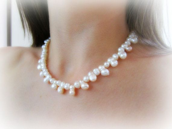 Freshwater pearls necklace and earrings by MalinaCapricciosa