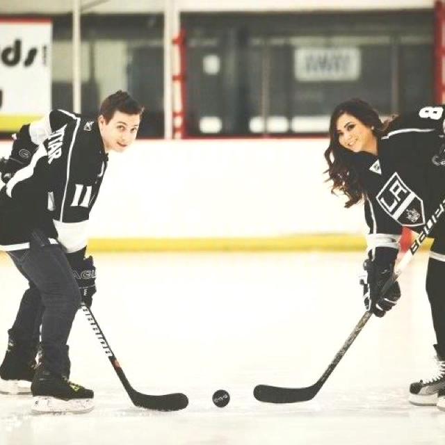 Hockey engagement pictures