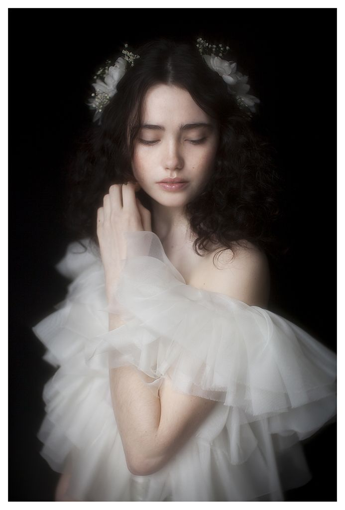 Vivienne Mok Photography - Nikola, Paris in Black Rose