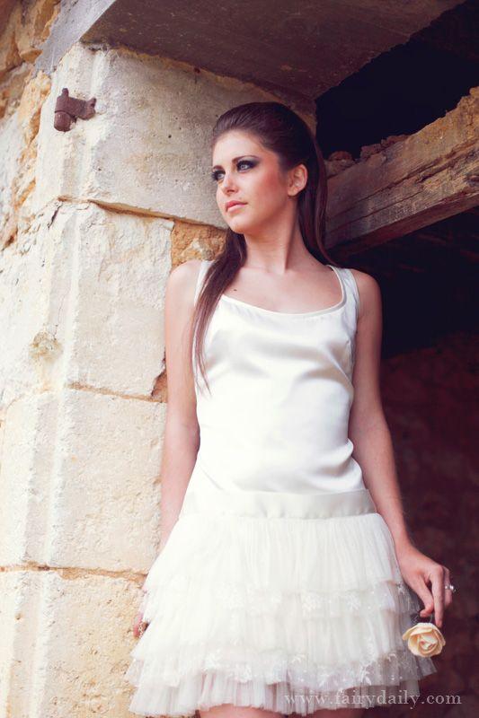 confidentiel cr ation robe de mari e collection 2013 robe mariage courte charleston. Black Bedroom Furniture Sets. Home Design Ideas
