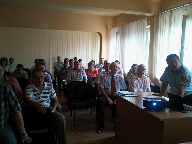 Activități de pregătire a personalului de la instituții publice si agenți economici