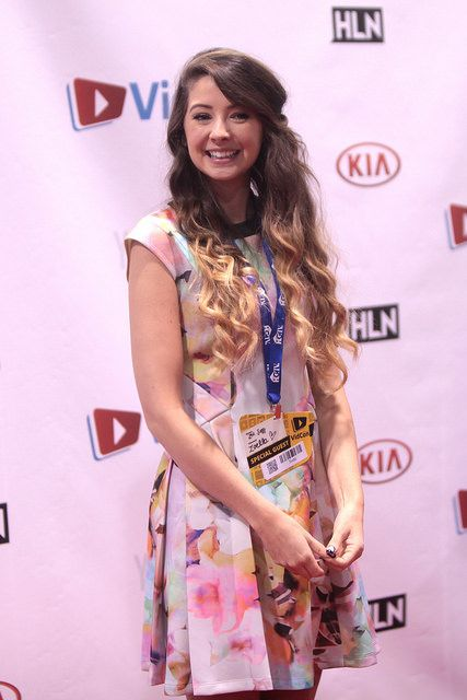 Zoella dress vidcon 2014