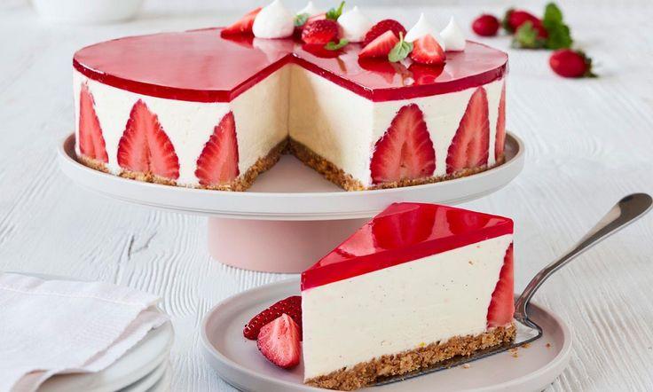 Cheesecake med vanilje og jordbær gelé  opskrift | Dr. Oetker