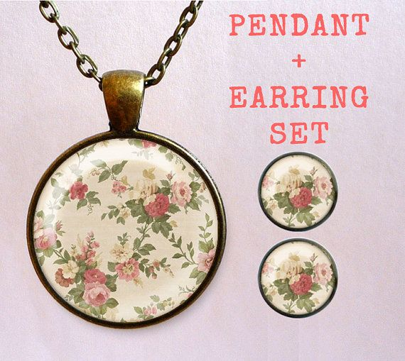 SAVE 2 USD! Floral Pendant+Earrings set! Vintage flowers necklace and stud earrings. Beautiful handmade jewelry.