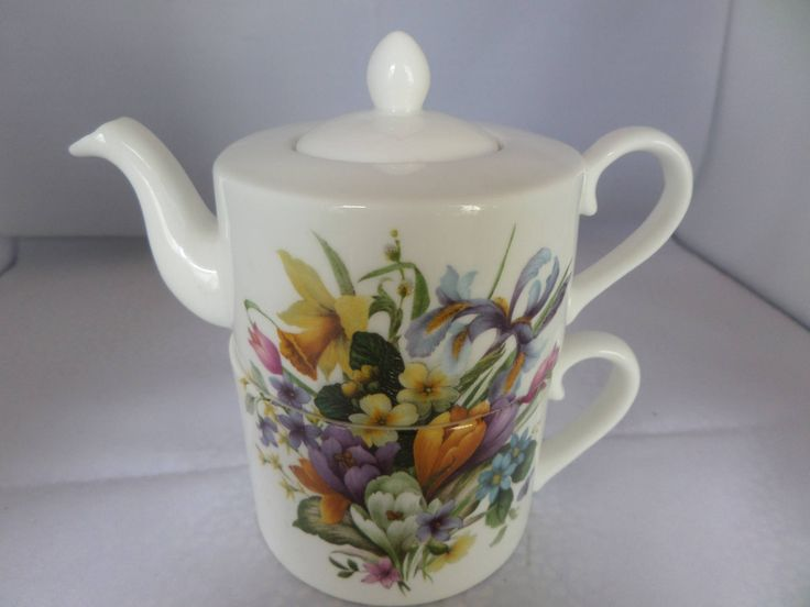 Tea for one, spring flowers, daffodils and crocus,  single cup teapot, gift for Mom, gift for Nanny, hand decorated, Reflections Wales by MaddisonsRainbow on Etsy