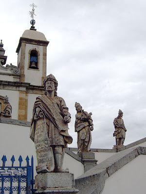 Os Doze Profetas - Jeremias ... Arte Barroca - Escultura em pedra sabão por Antonio Francisco Lisboa - O Aleijadinho -  Congonhas do Campo - Minas Gerais - Brasil.