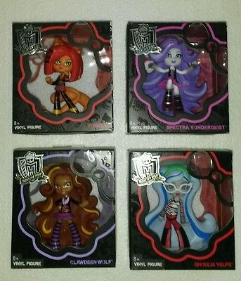 MONSTER HIGH SPECTRA GHOULIA LOT OF 12 NEW VINYL DOLL FIGURES SHIPS FREE USA PR
