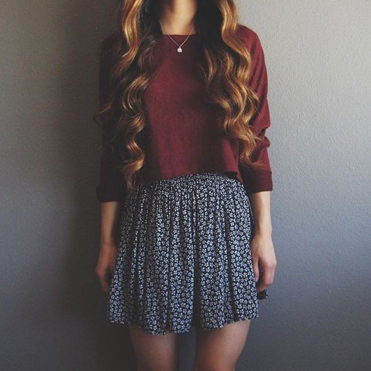 Luv the skirt/sweater combo