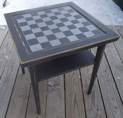 DIY Crafts DIY Checkered : DIY Checkerboard side table