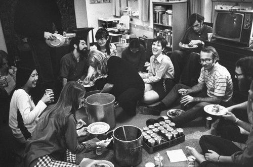 The hairstyles change, but college kids remain the same – LIFE visits a newly coed dorm at Oberlin in 1970. (Photo: Bill Ray—TIme & Life...