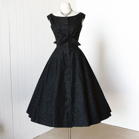 vintage 1950's dress ...exquisite SUZY PERETTE new york metallic embroidered floral shelf-bust full skirt cocktail party dress