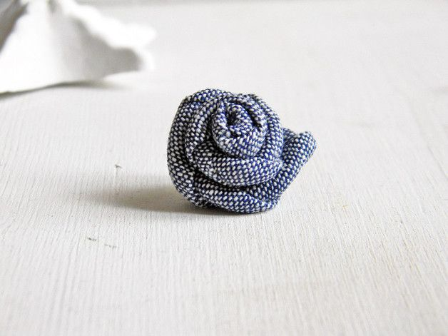 Mens Brooches – Flower lapel pin. Denim blue. – a unique product by Ylleanna on DaWanda