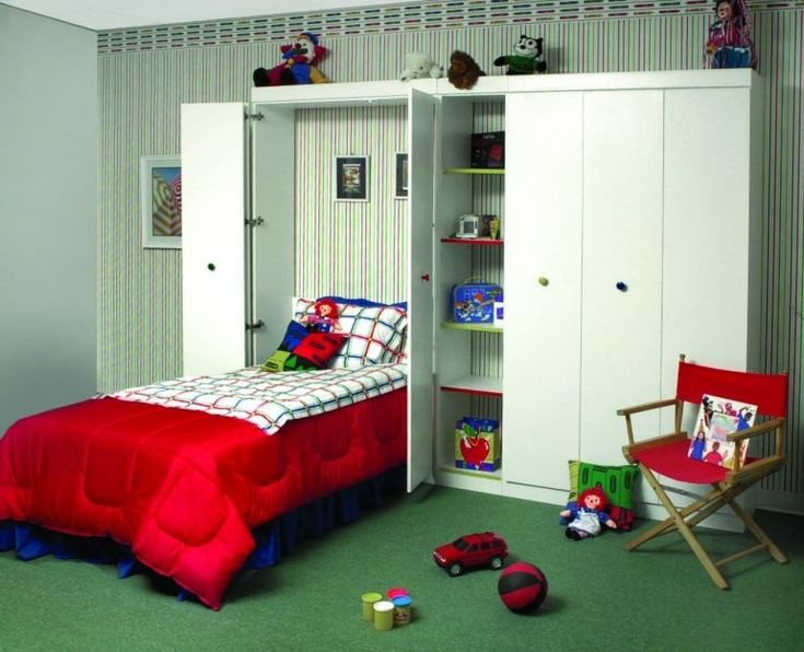 Decorate Your Kid's Bedroom On the Cheap