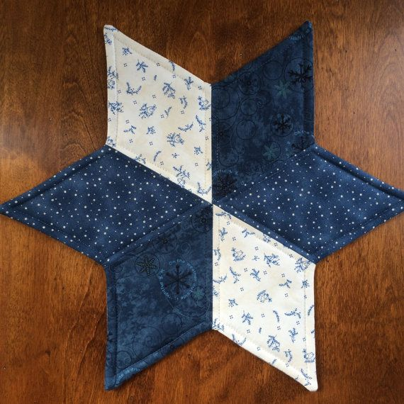 Free Patterns For Quilted Candle Mats : 17 Best images about Tablerunners, Placemats & Toppers on Pinterest Runners, Quilt and Quilted ...