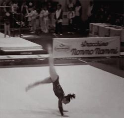 (gif of Brenna Dowell's double front)