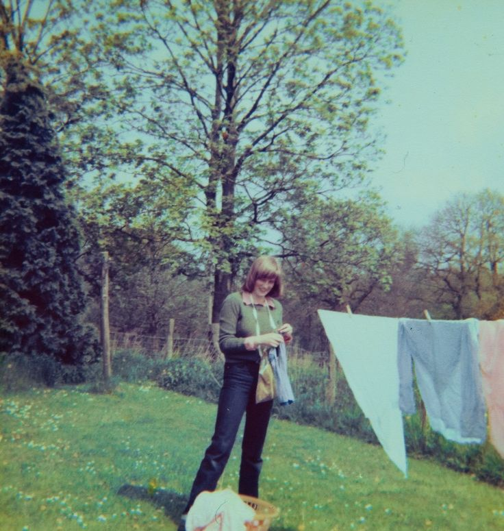 33 fotó, amit a ma 33 éves Vilmos herceg is kitenne a  kandallójára   Diana 17 years old
