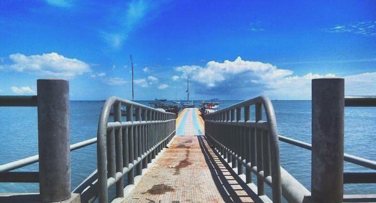Tambatan Kapal Pamona - Pulau Bawean - Gresik