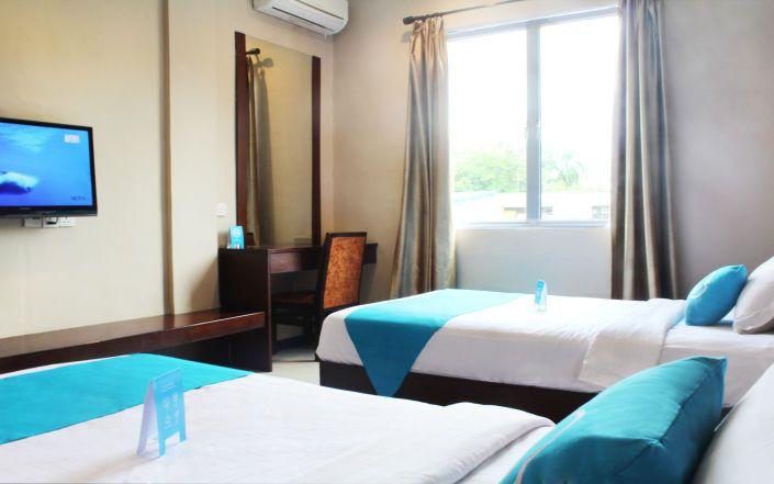 Foto kamar airy nagoya raja ali batam hotel di batam for Dekor ultah di kamar hotel