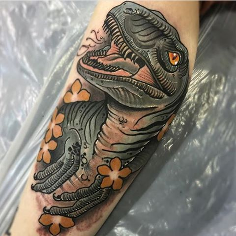 Recent dinosaur by @tomwagstaff who has time to tattoo over the coming weeks…