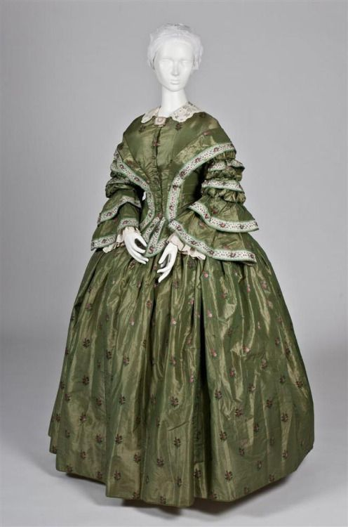Green and Pink Brocaded Taffeta Gown. Date: circa. 1860s; Place of origin: United States; Medium: Silk and cotton.