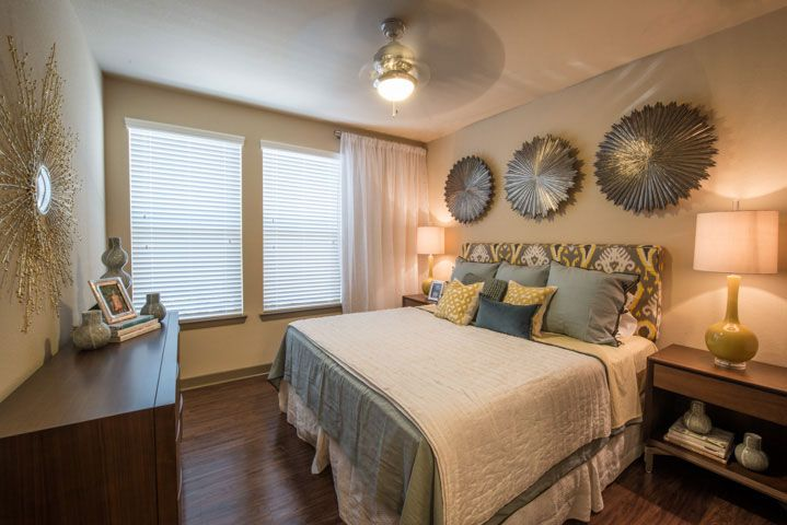 877 638 8986 1 2 bedroom 1 2 bath the southwestern apartments a