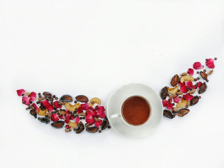Zdravá horúca čokoláda?  Horká horúca čokoláda v kokosovom mlieku :-) môže byť 😋😋😋  #horucacokolada #horkacokolada #tmavacokolada #cokolada #coko #čokoláda #čoko #zdravacokolada #zdrava #zdravá #nitra #slovensko #panibaklazani #donaska #jem #jemzdravo #jedlo #napoj #pijem #pijemzdravo #energia #suseneovocie #slivky #suseneslivky