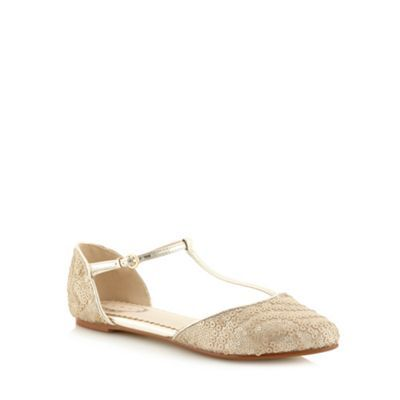 Shop 1920s style shoes in the UK