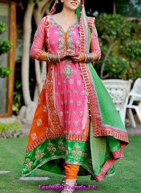 Pakistani Mehndi Dresses | Pakistani Latest Multi Color Bridal Mehndi Dresses 2012 0 Comments
