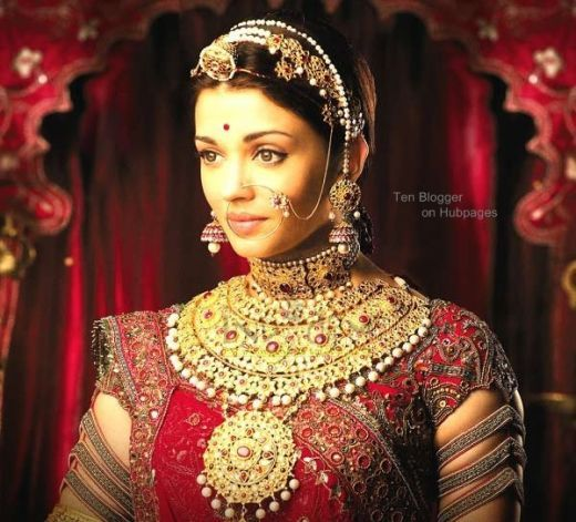 Aishwarya Rai - Bridal Jewelry - Movie : Jodha Akbar (antique style )