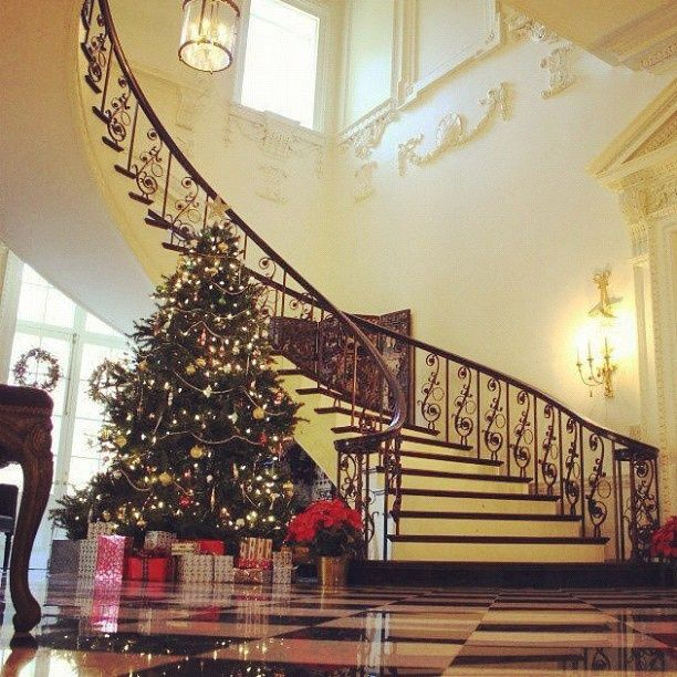 Swan House in Atlanta decorated for Christmas.