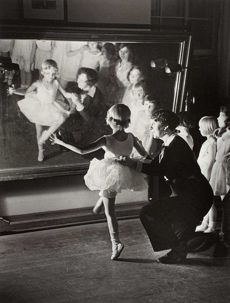 First Ballet Lesson. Photo Alfred Eisenstaedt 1931