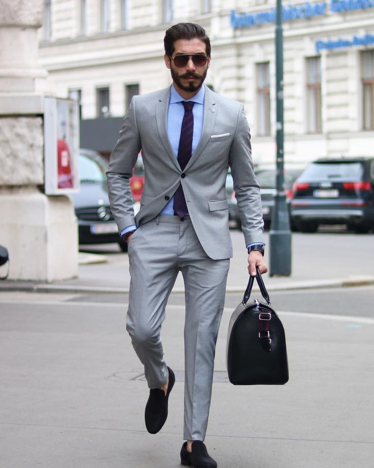 Best Suit Colors For Men [Updated 2020] (With Images