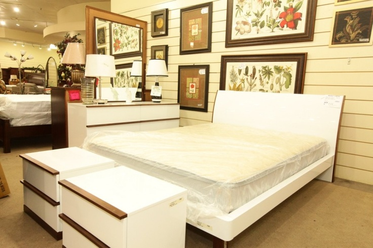 white king bedroom set colleen 39 s classic consignment las vegas