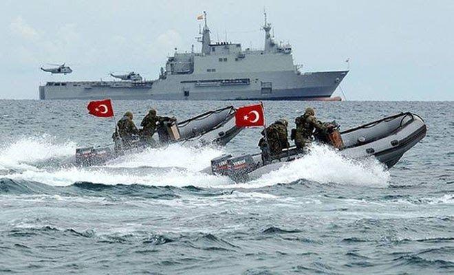 Τι συμβαίνει στα τουρκικά παράλια; Πολεμικά πλοία απέναντι από ελληνικά νησιά [Βίντεο]