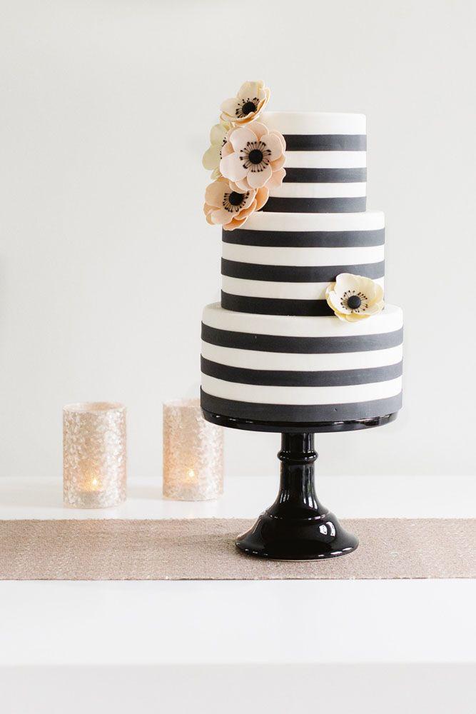 https://www.sugarlipscakes.com/en/gallery/wedding-cakes/
