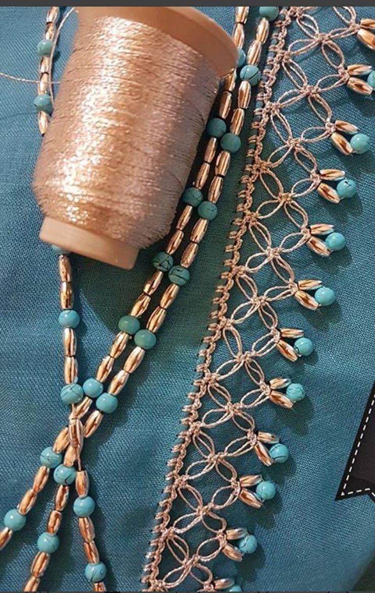 crochet con cuentas turquesas