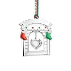 Newbridge Silverware Fireplace with heart and Christmas stockings Decoration
